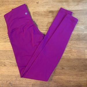 Lululemon yoga Wunder Under Leggings Fuschia EUC